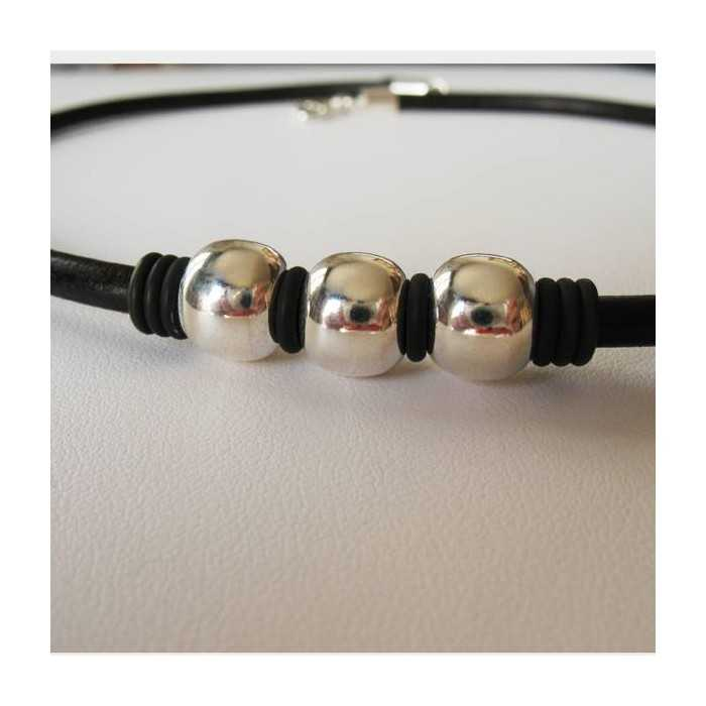 Bracelet Kevin cuir noir et perles argent massif. D'OZ HOMME