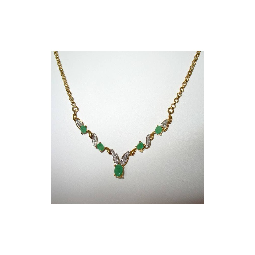 Collier émeraudes naturelle et diamants, vue d'ensembleine assortie