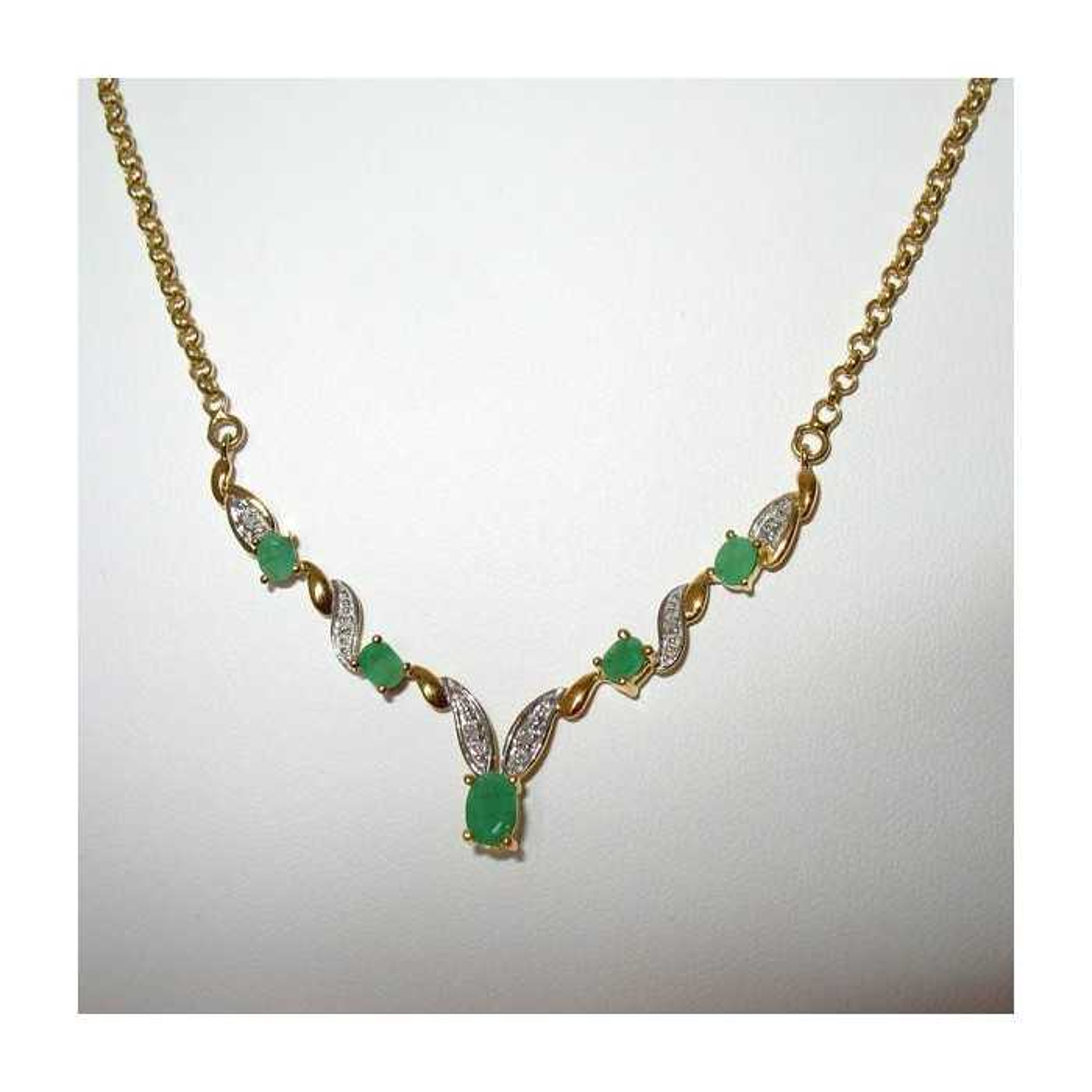 Collier émeraudes naturelle et diamants, vue d'ensembleine assortie