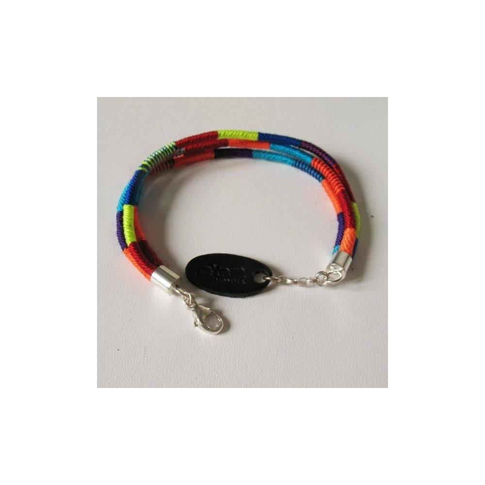 Bracelet Rio en coton multicolore et argent. DOZ