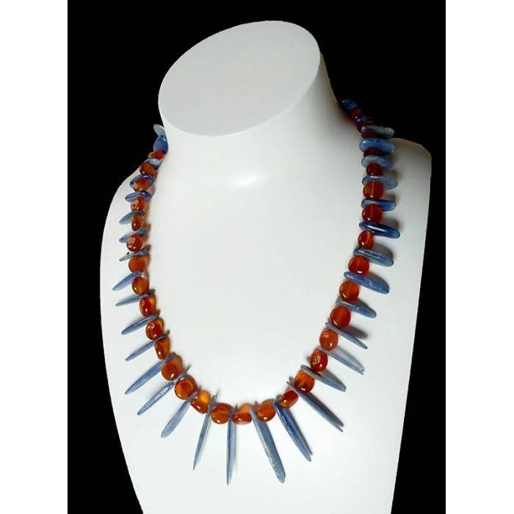 Kyco, collier de pierres naturelles bleues et orange