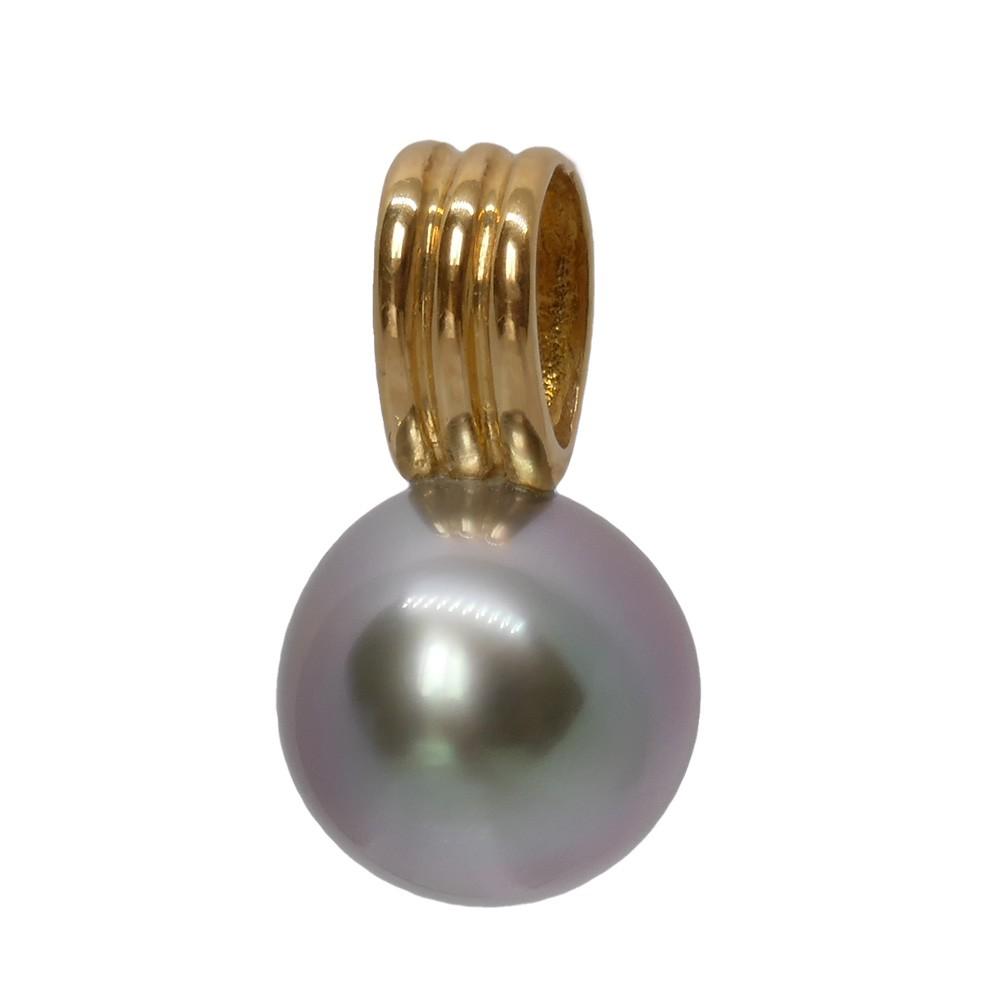 Violetta Pendentif  Perle Tahiti ronde bleutée 9mm. Bélière en or jaune750