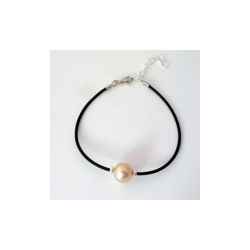 Bracelet Perle de culture d'eau douce blanc nacré. Caoutchouc et argent 925