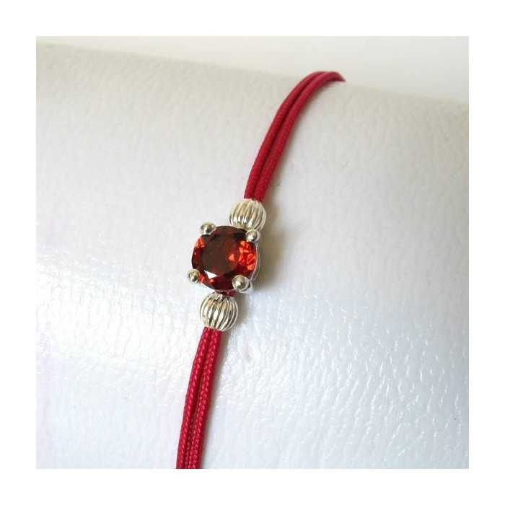 Bracelet POP grenat fil rouge. Argent massif rhodié