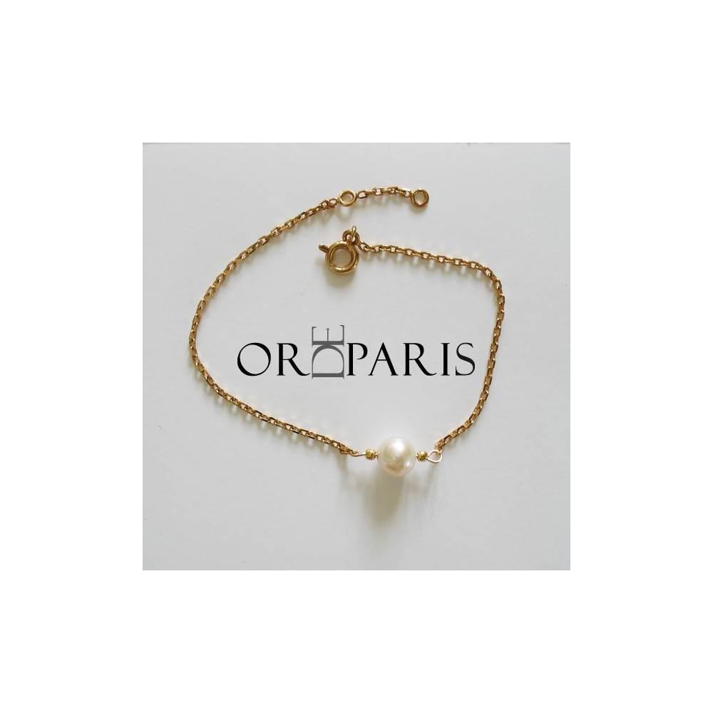 Bracelet Show Perle blanche. Plaqué or
